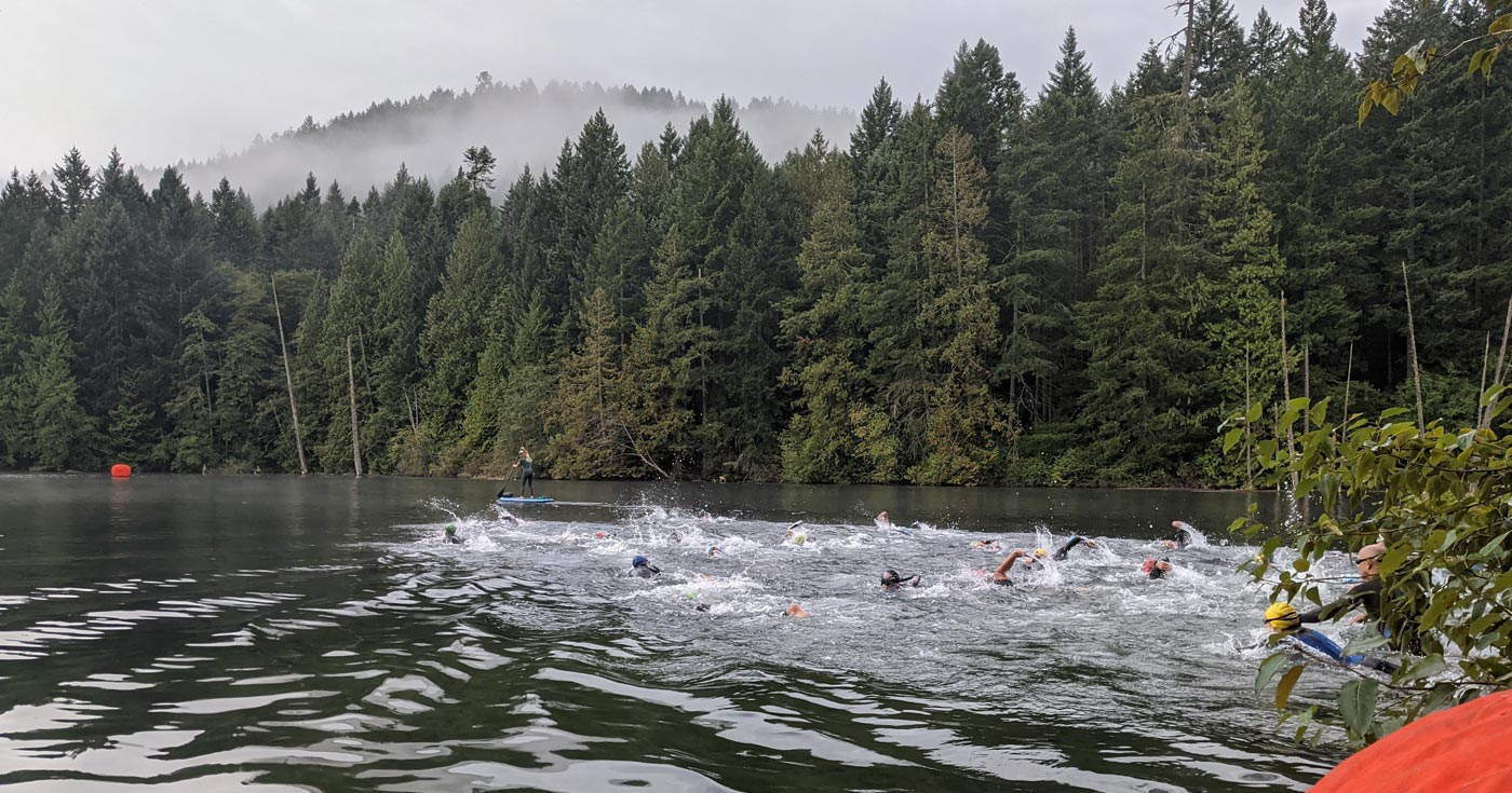 XTERRA Victoria racers in the water at Durrance Lake